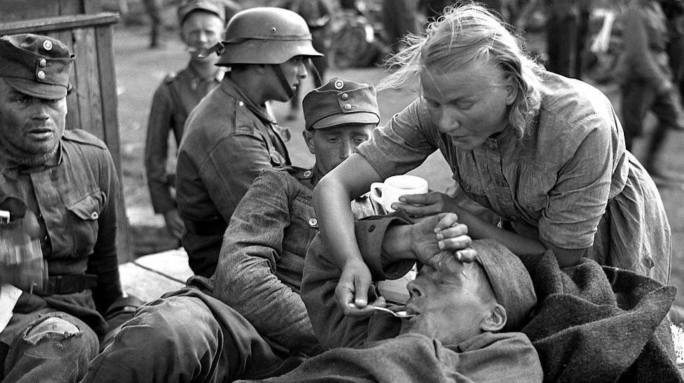 Diverses photos de la WWII - Page 39 63615