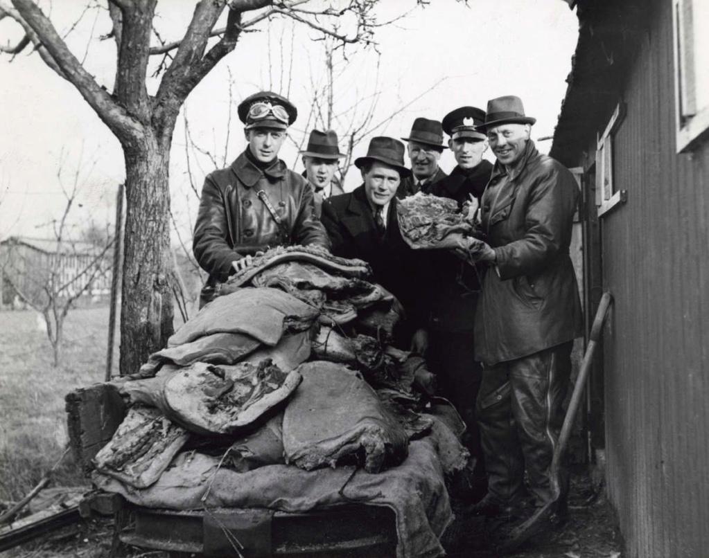 Diverses photos de la WWII - Page 39 63915
