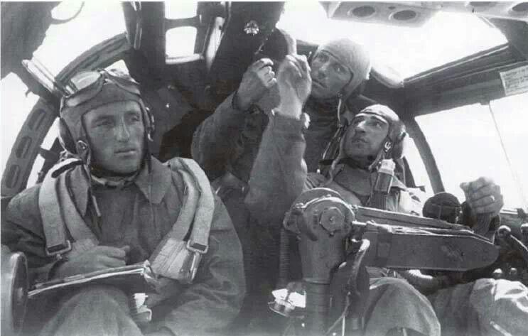 Diverses photos de la WWII (fichier 7) - Page 38 63922
