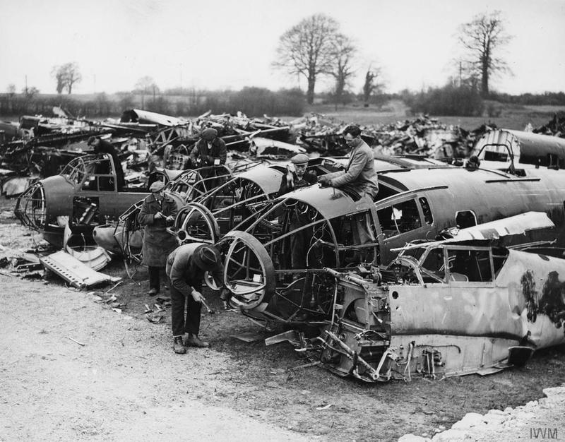 Diverses photos de la WWII (fichier 7) - Page 38 64122