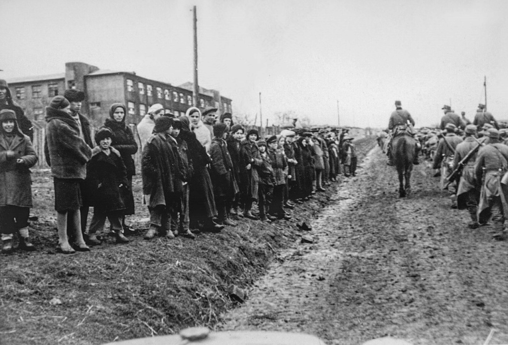 Diverses photos de la WWII - Page 37 65510