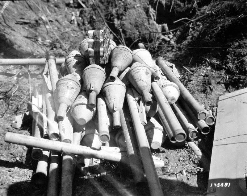 Diverses photos de la WWII (fichier 7) - Page 39 65524