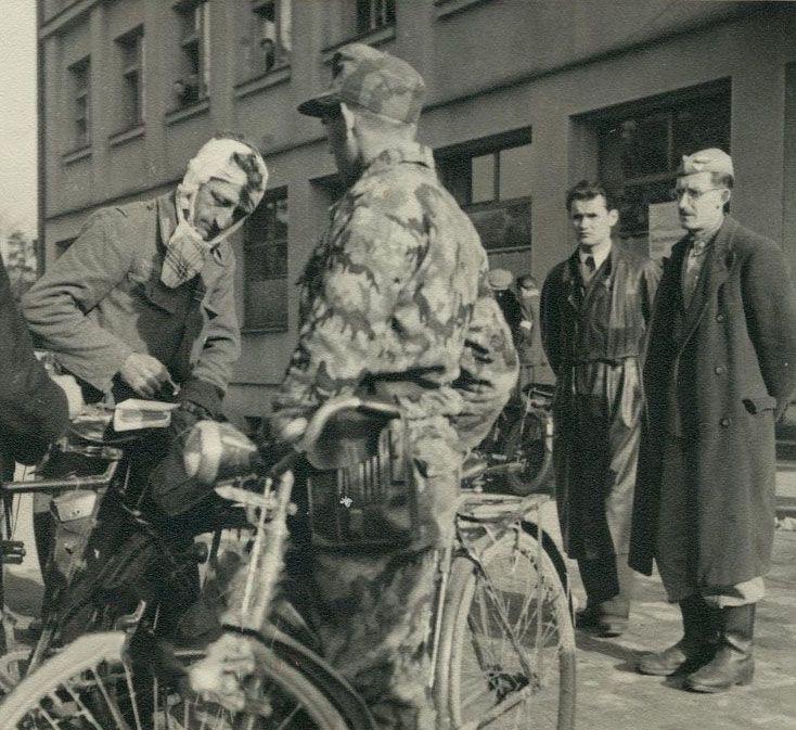 Diverses photos de la WWII (fichier 7) - Page 39 66324