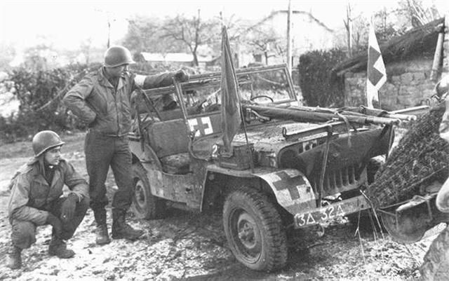 Diverses photos de la WWII - Page 37 66410