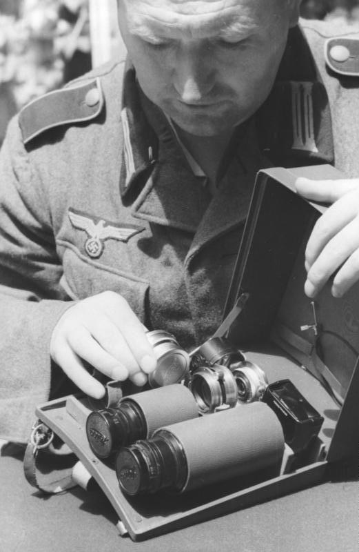 Diverses photos de la WWII - Page 40 66816