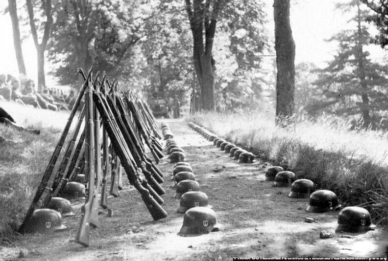 Diverses photos de la WWII - Page 40 66917