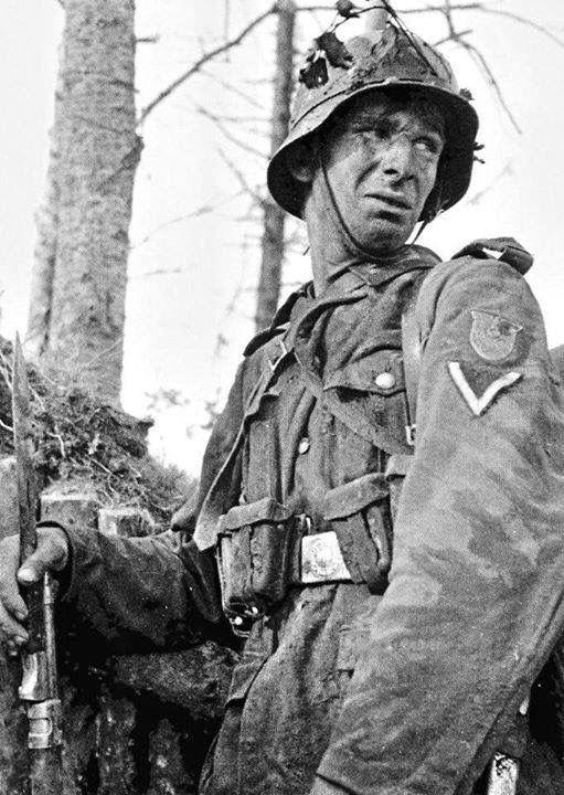 Diverses photos de la WWII - Page 40 67316