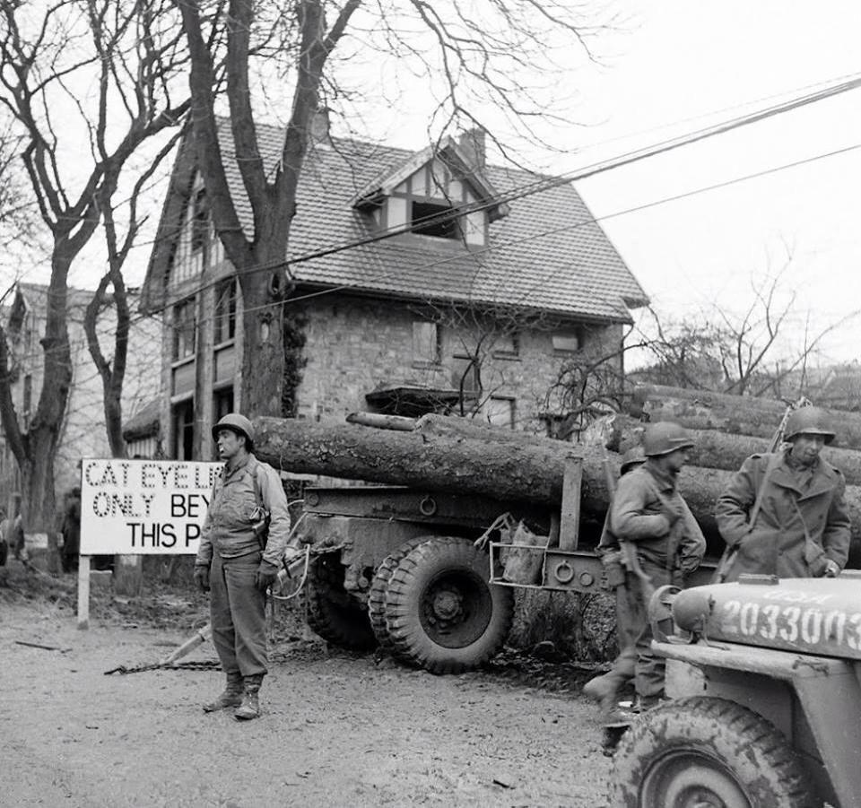 Diverses photos de la WWII (fichier 7) - Page 39 67423