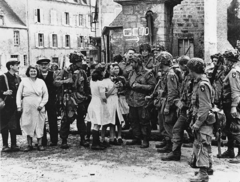 Diverses photos de la WWII (fichier 7) - Page 39 67624