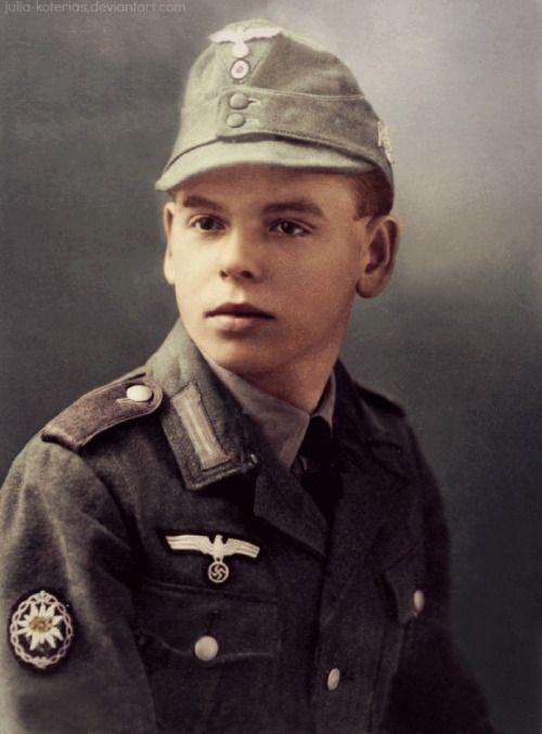 Diverses photos de la WWII - Page 40 67916
