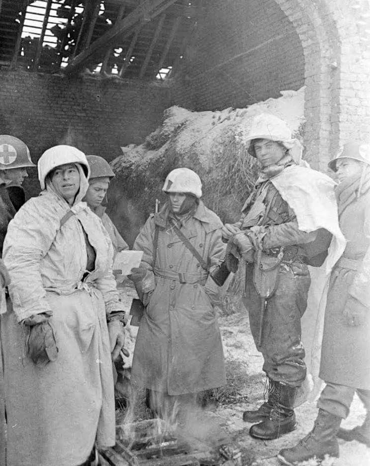 Diverses photos de la WWII (fichier 7) - Page 39 68022