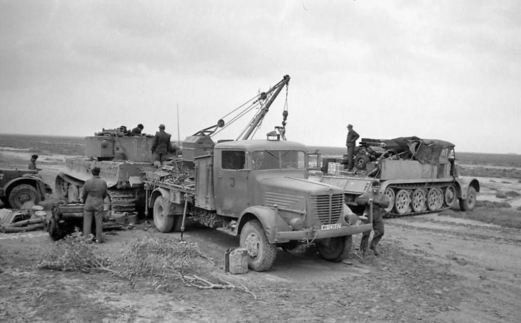 Diverses photos de la WWII - Page 38 68210