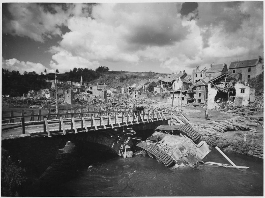 Diverses photos de la WWII - Page 29 68320