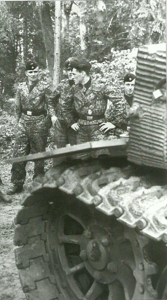 Diverses photos de la WWII - Page 38 68910
