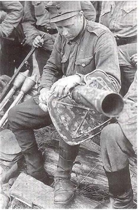 Diverses photos de la WWII (fichier 7) - Page 40 69021
