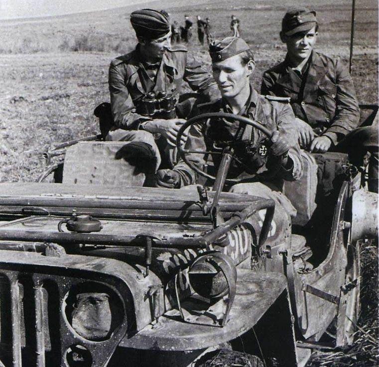 Diverses photos de la WWII (fichier 7) - Page 40 69121