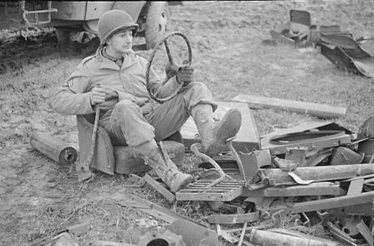 Diverses photos de la WWII - Page 4 6928
