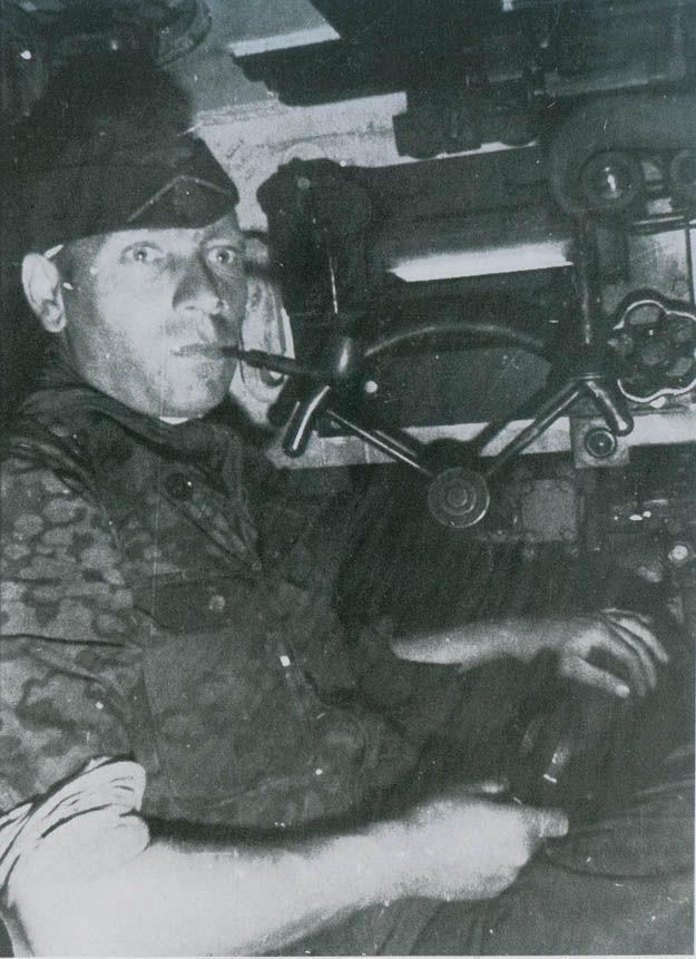 Diverses photos de la WWII (fichier 7) - Page 40 69522