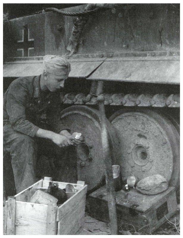Diverses photos de la WWII (fichier 7) - Page 40 69822