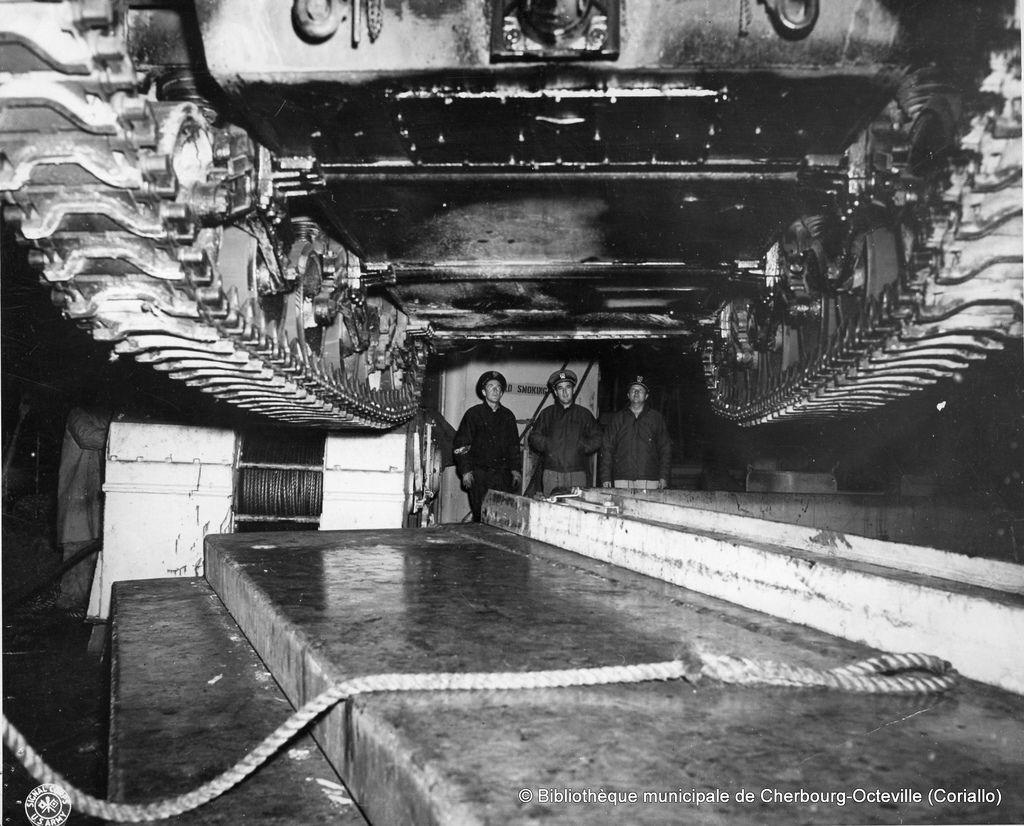 Diverses photos de la WWII - Page 38 70111
