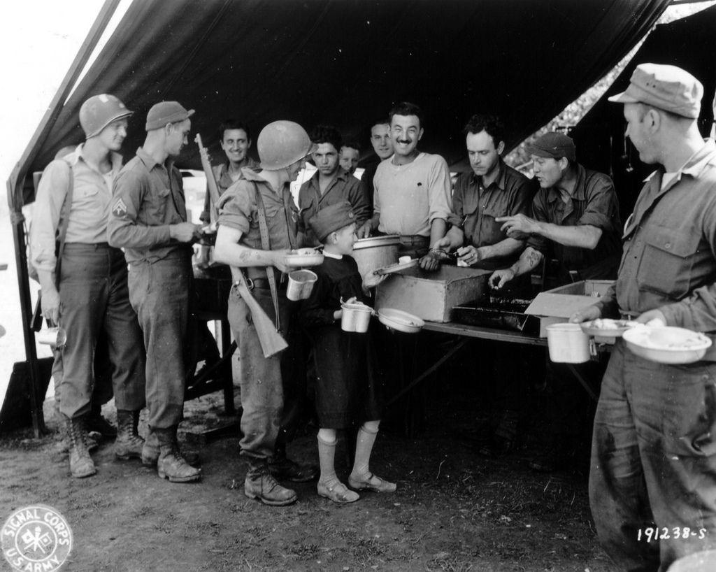 Diverses photos de la WWII 70317