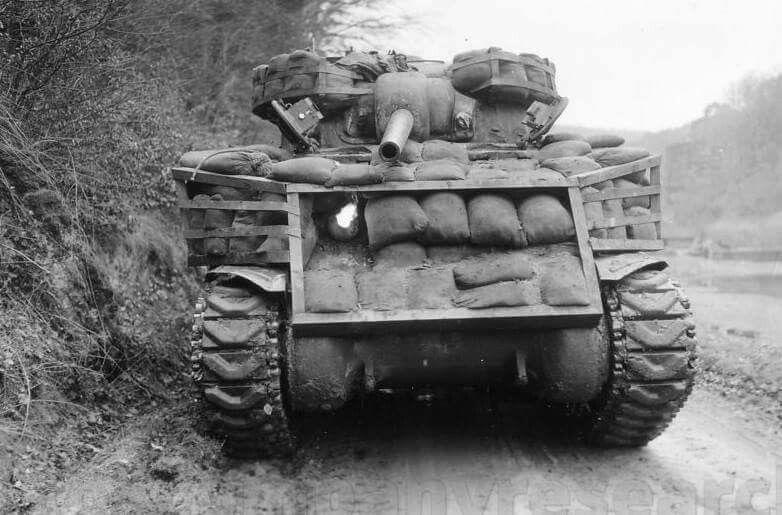 Diverses photos de la WWII - Page 38 70512