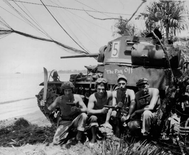 Diverses photos de la WWII - Page 38 70712