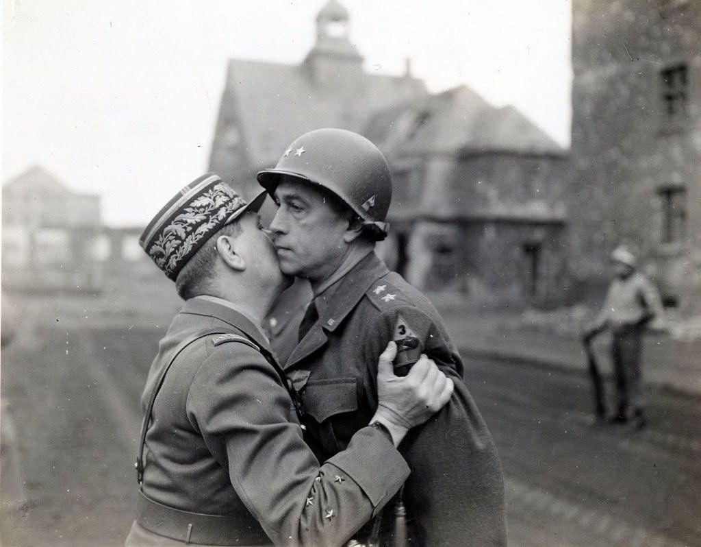 Diverses photos de la WWII - Page 2 70816