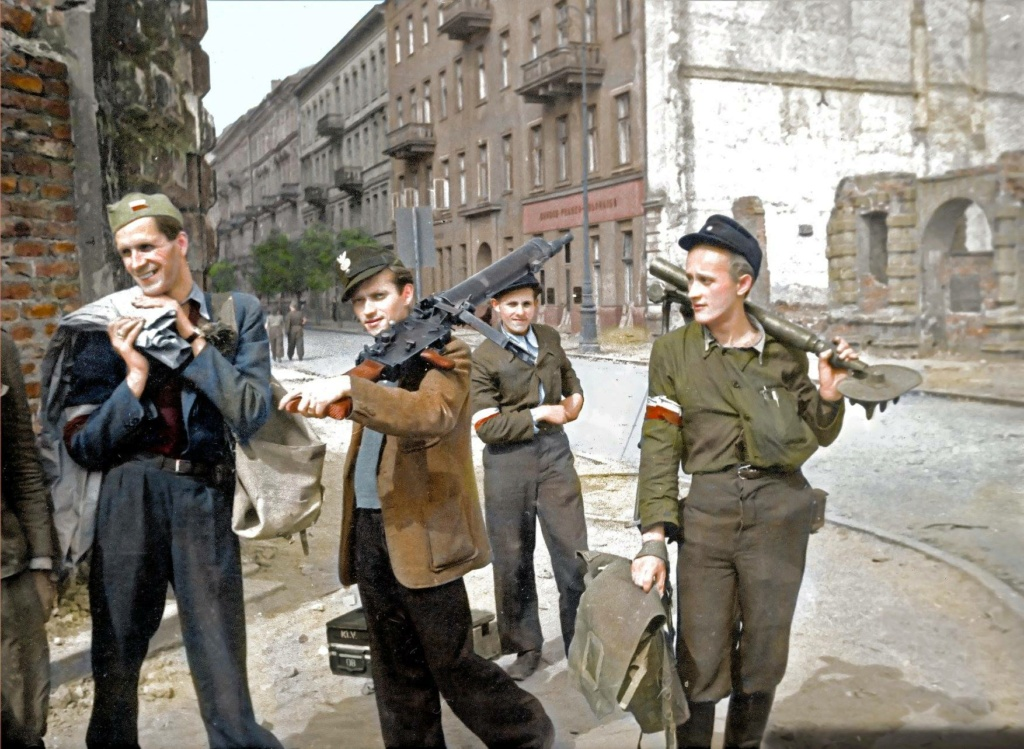 Diverses photos de la WWII - Page 29 71026