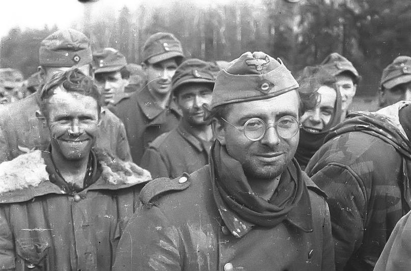 Diverses photos de la WWII - Page 2 71417
