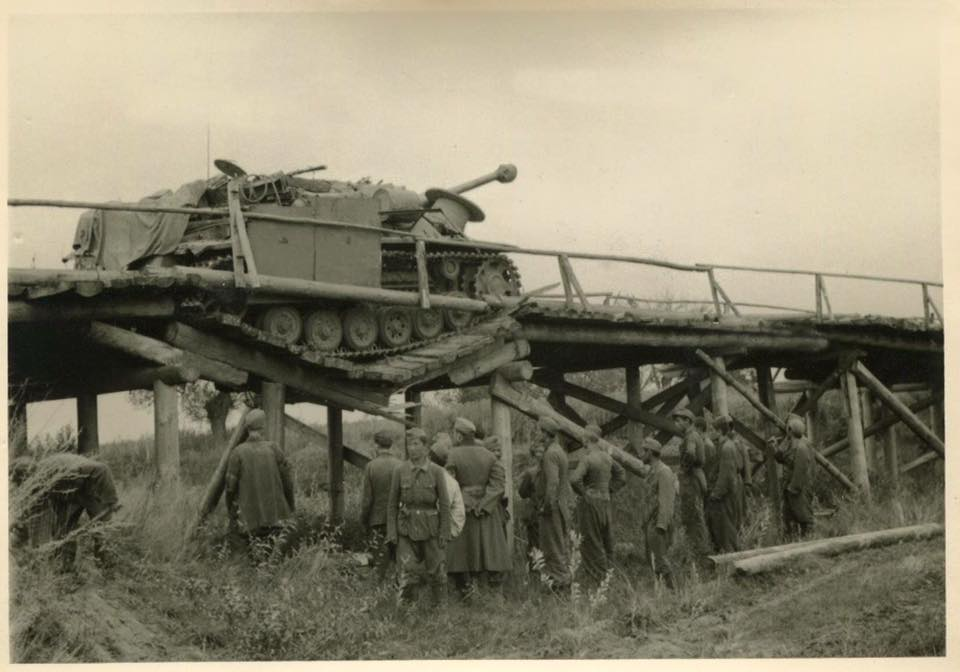 Diverses photos de la WWII - Page 29 71522