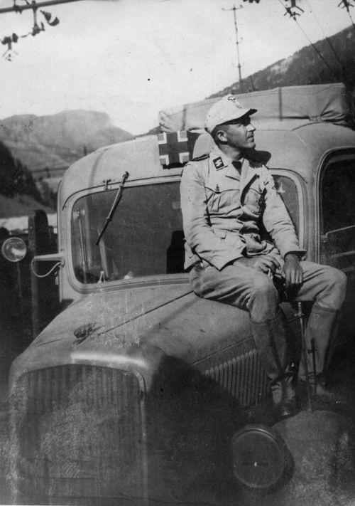 Diverses photos de la WWII - Page 38 72111