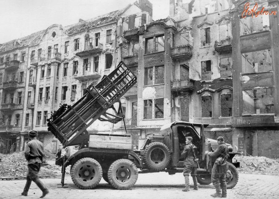 Diverses photos de la WWII - Page 29 72421