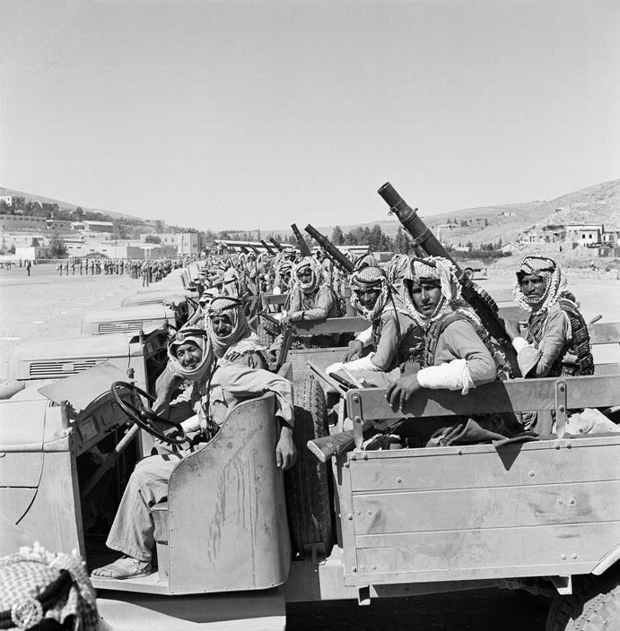 Diverses photos de la WWII - Page 38 72611