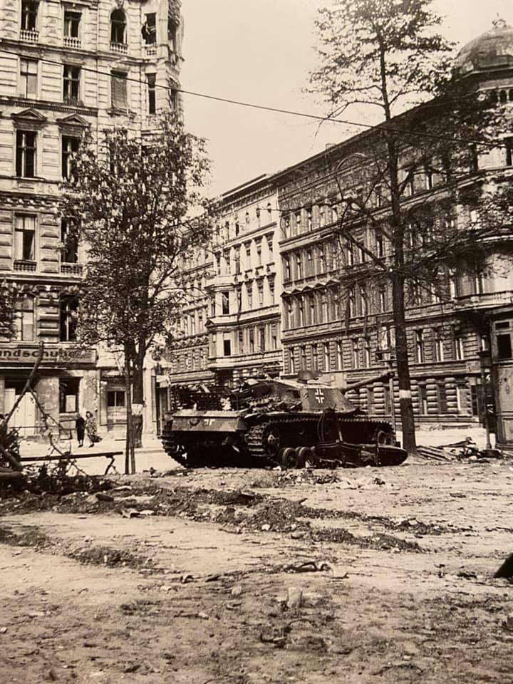 Diverses photos de la WWII - Page 29 73219