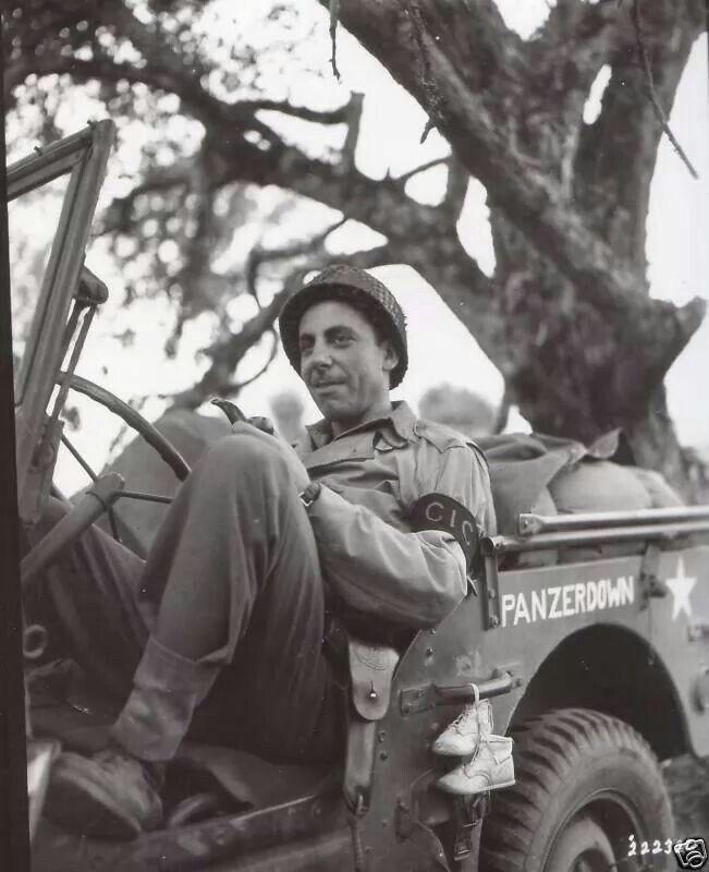 Diverses photos de la WWII - Page 38 73511