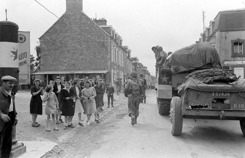 Diverses photos de la WWII - Page 38 74011