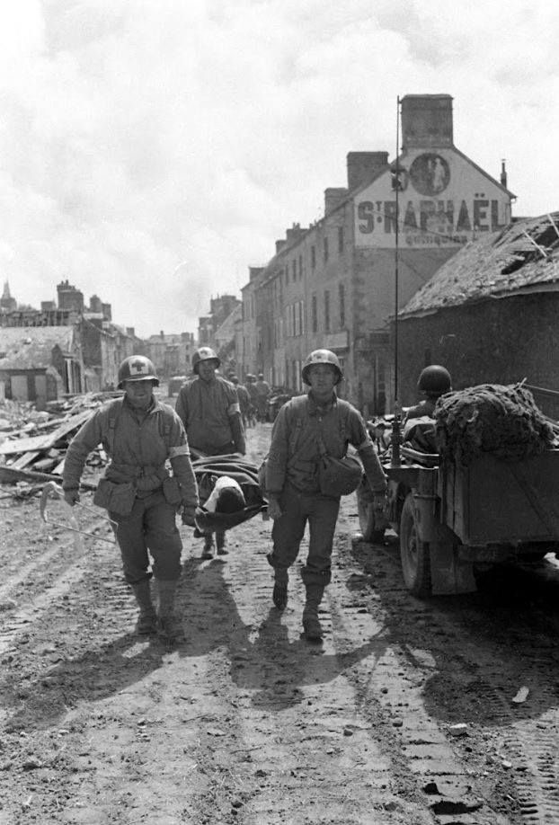Diverses photos de la WWII - Page 38 74111