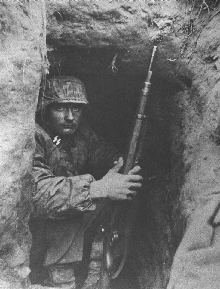 Diverses photos de la WWII - Page 30 74120