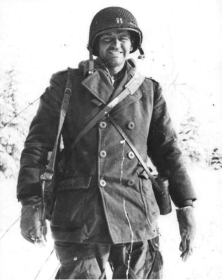 Diverses photos de la WWII - Page 2 7431