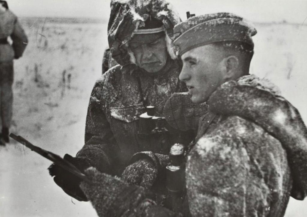Diverses photos de la WWII - Page 30 74322