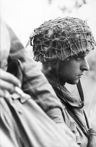 Diverses photos de la WWII - Page 30 74722