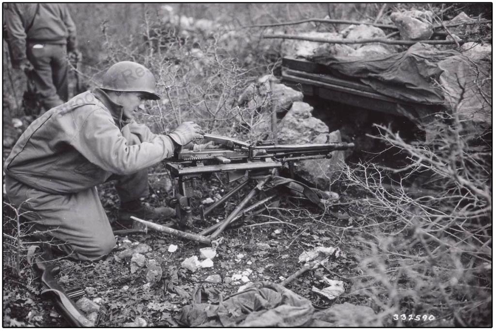 Diverses photos de la WWII - Page 39 74812