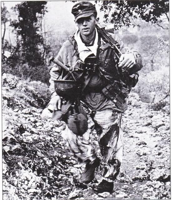 Diverses photos de la WWII - Page 30 74822