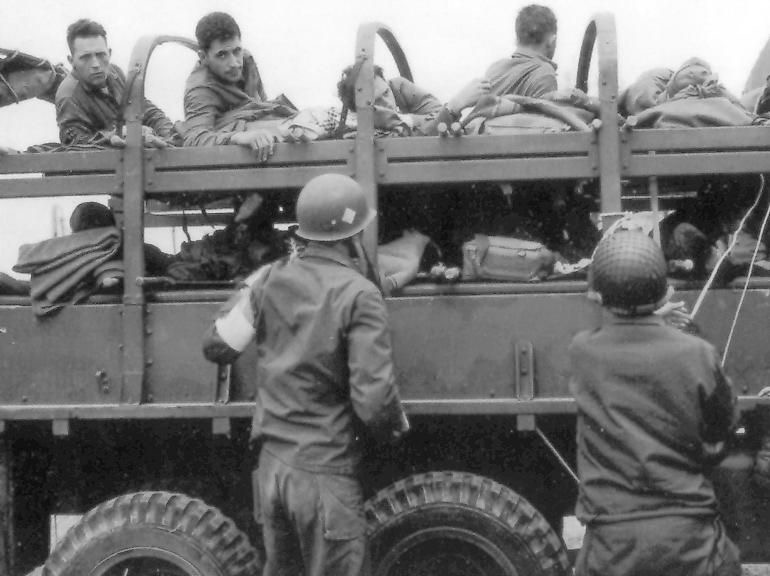 Diverses photos de la WWII - Page 4 7528