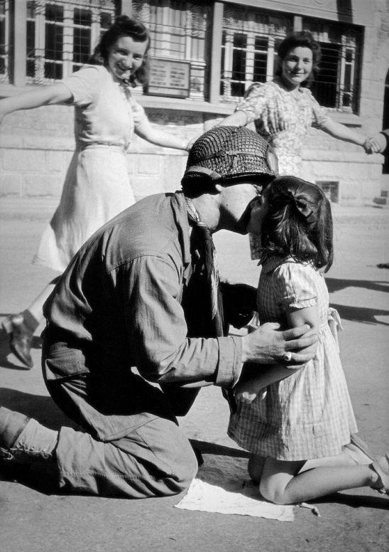 Diverses photos de la WWII - Page 2 7531