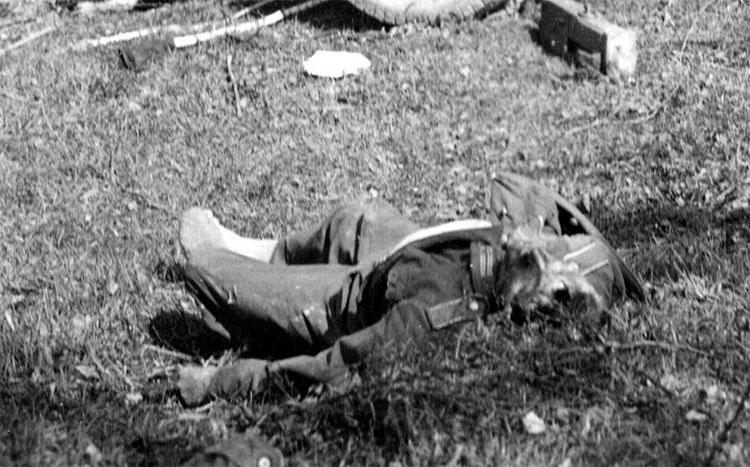 Diverses photos de la WWII - Page 14 75313