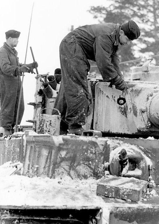 Diverses photos de la WWII - Page 30 75522