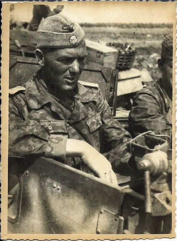 Diverses photos de la WWII - Page 39 75712