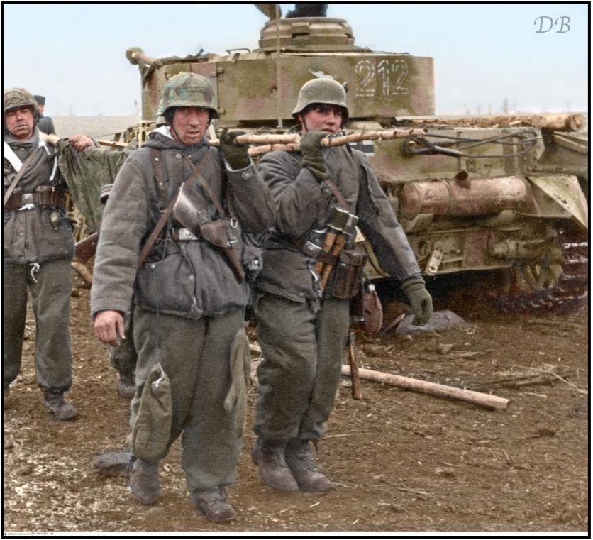 Diverses photos de la WWII - Page 39 75912